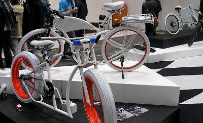 berlin bike fahrräder messe schaublog design e-bikes premium station