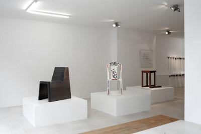 contemporary design gallery berlin helmrinderknecht galerie chairs fireworks linienstraße