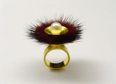 zeughausmesse winter 2007 michaela binder ring mit nerz und süßwasserperle
